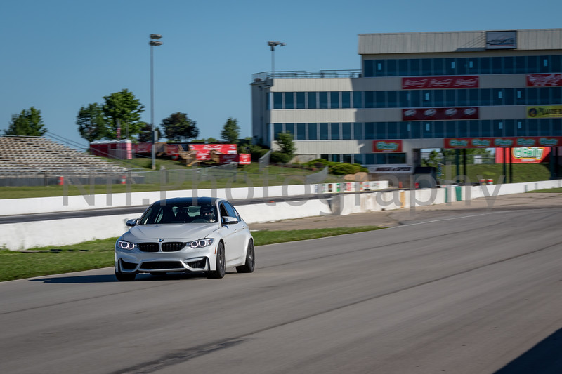 Flat Out Group 1-411.jpg