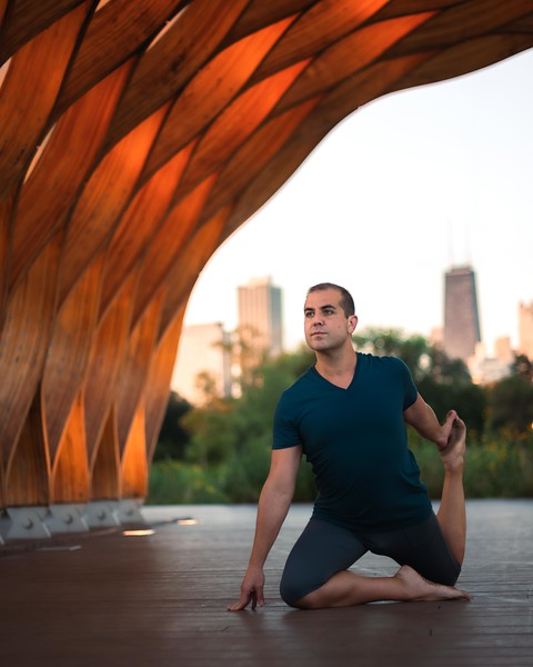 Online Yoga - Lincoln Park Shoot-92.JPG