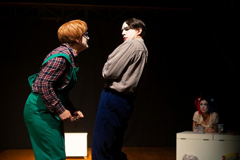 Allan Bravos - essenCIA Teatro - Persona 07-22.jpg