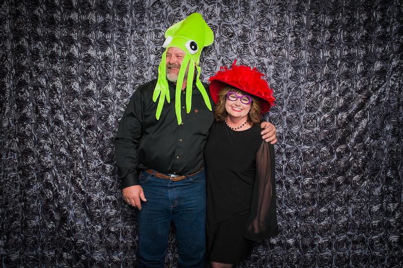 Lynn + Nancy Photobooth-160.jpg