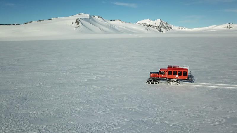 Climb Antarctica Women -1-11-18101680.MOV