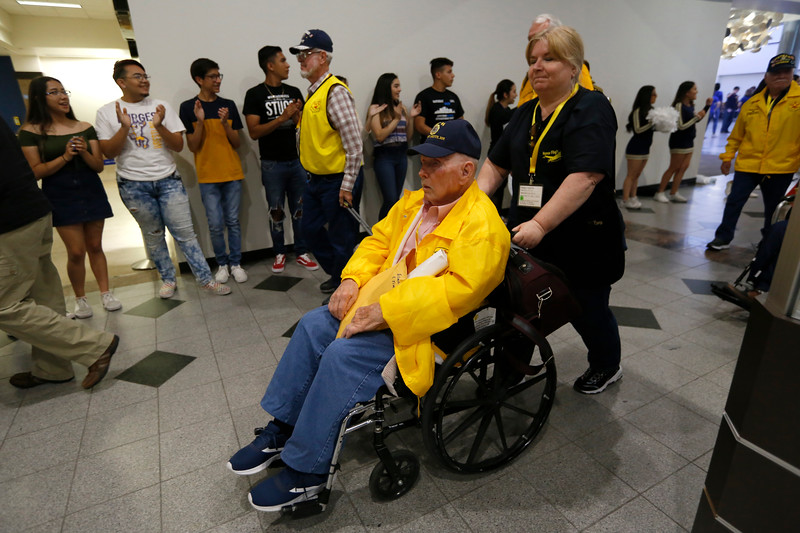 050319HonorFlight208.JPG
