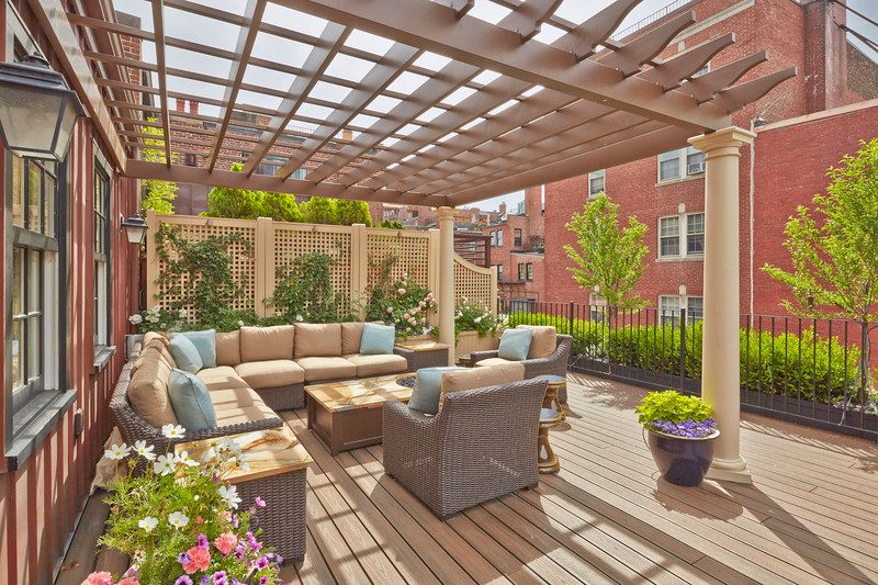 538 - 463607 - Boston MA - Colorful Rooftop Pergola with Planters