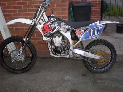 2009YZ250F