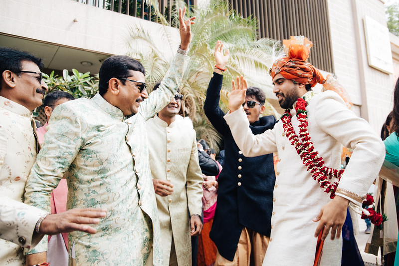 Poojan + Aneri - Wedding Day EOSR Card 1-1365.jpg