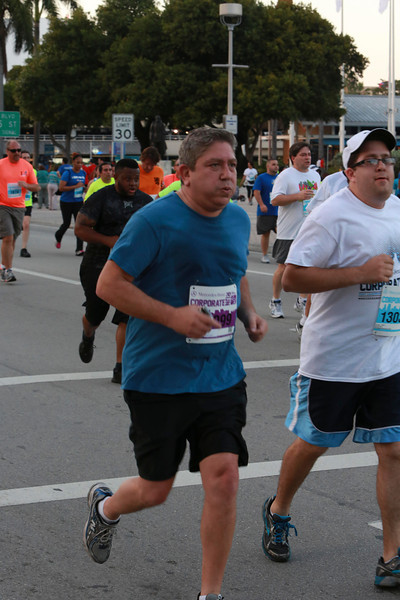 MB-Corp-Run-2013-Miami-_D0665-2480616512-O.jpg