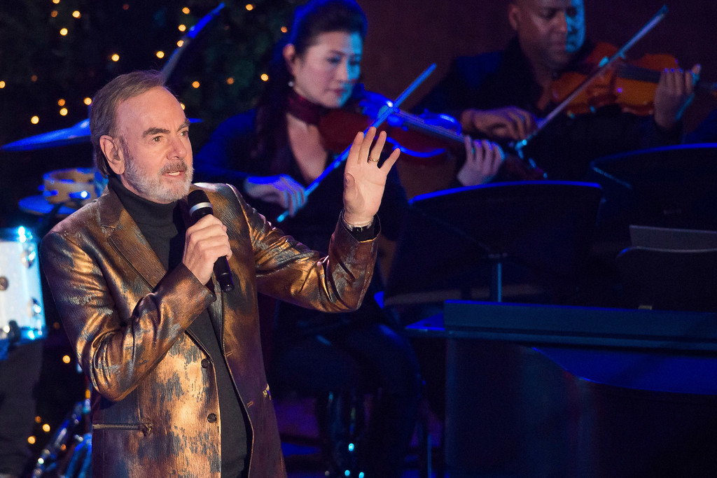 . Neil Diamond performs at the 84th Annual Rockefeller Center Christmas Tree lighting ceremony on Wednesday, Nov. 30, 2016, in New York. (Photo by Charles Sykes/Invision/AP)
