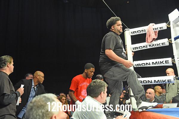 Bout 3 Leo Hall(Red Corner), Detroit, MI -vs- Kentrell Claiborne(Blue Gloves), Fort Worth, TX, Light Heavyweights