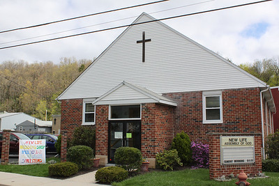 New Life Blessings Shoppe, New Life Assembly of God Church, Tamaqua (4-30-2011)