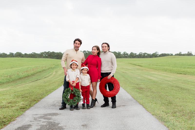 Augustin Family Holiday 2020-15.jpg