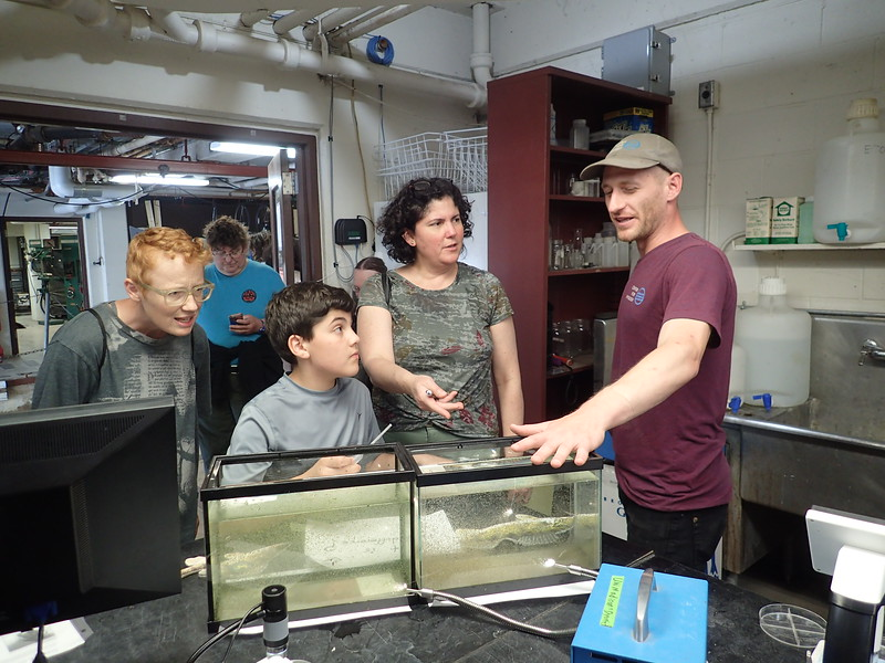 Vince Butitta talking about zooplankton in the wet lab