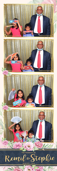 Alsolutely Fabulous Photo Booth 021800.jpg