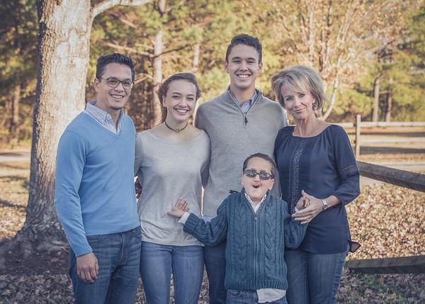 Holt_Family_2017