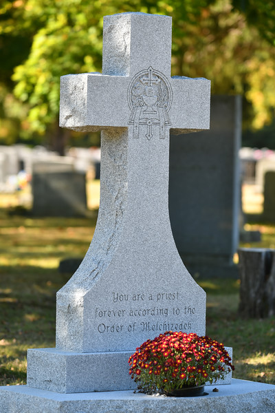 St-Joseph-Cemetery-Oct2019-142.jpg