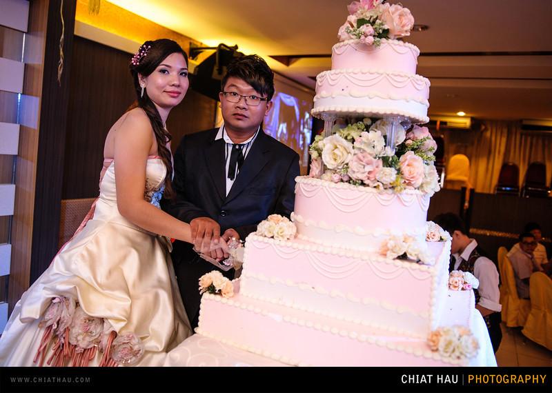 Chee Hou + Li Li - Actual Day Bride Dinner -_-95.jpg