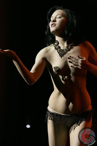 burlesque day1 edits (130 of 170).jpg