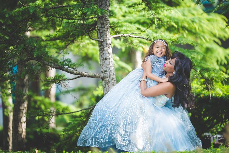 bw newport babies photography frozen shoot-1-19.jpg