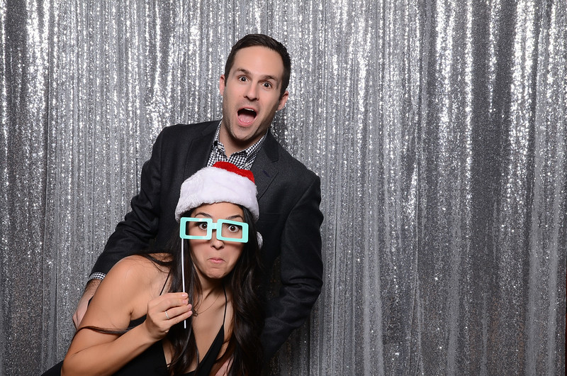 nwg residential holiday party 2017 photography-0056.jpg
