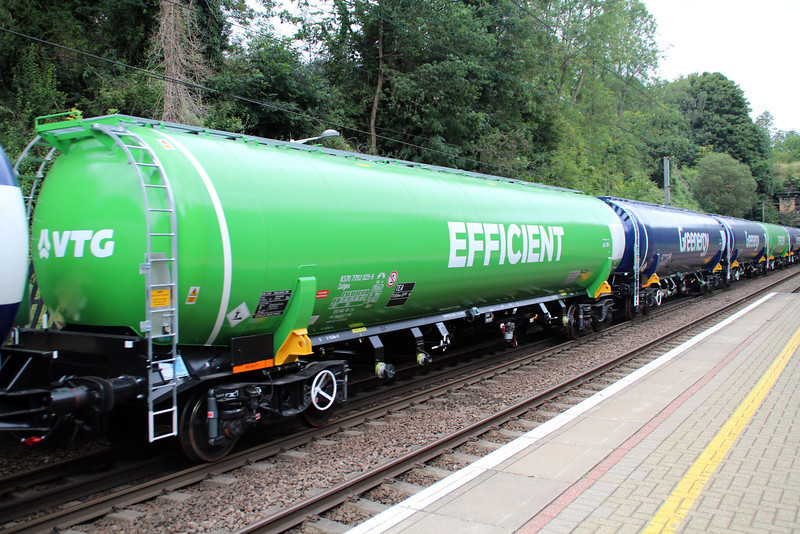 New GBRF TEA 83.70.7792025-9 on 6E92 Acton Lane-Immingham passes Welwyn North 23/08/12.