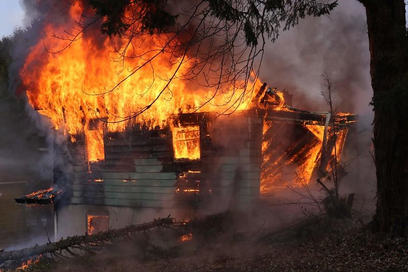 2018 river property-hanks work shop burn 082.jpg