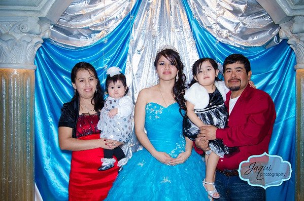 Ana y Familia
