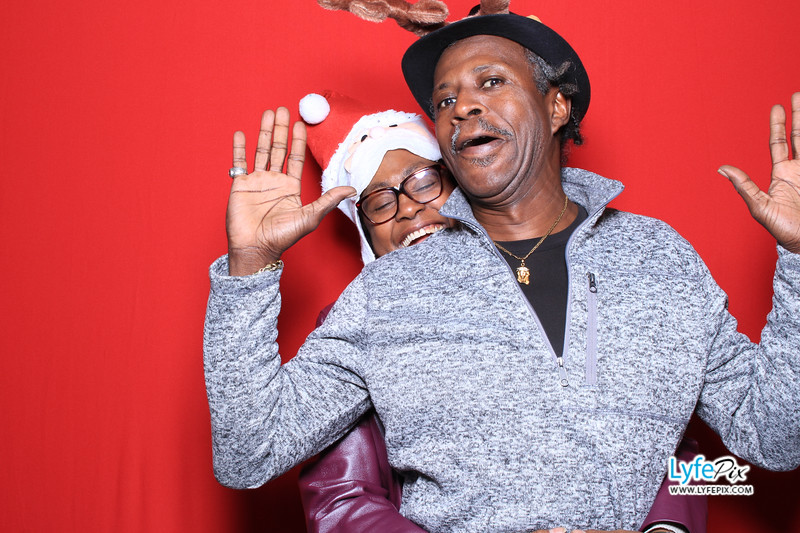 eastern-2018-holiday-party-sterling-virginia-photo-booth-0056.jpg