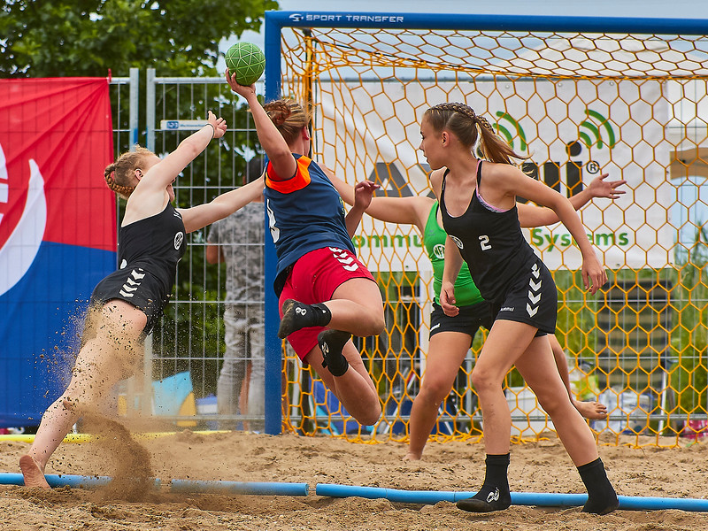Molecaten NK Beach Handball 2017 dag 1 img 398.jpg