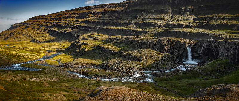 Iceland4231_2000px.jpg