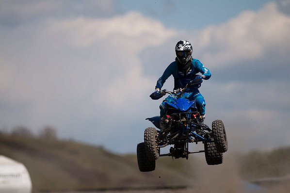race 12: quads