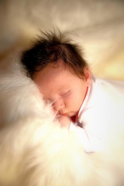 IMG_3171_Medel Newborn Favorite.jpg