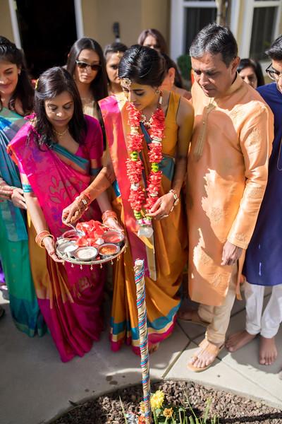 Hina_Pithi_Pooja-314.jpg