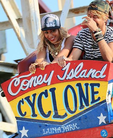 2013-08-29 - Beyonce