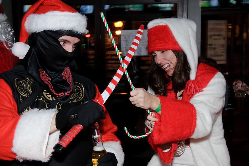 2009 ALS Santa Crawl-118.jpg