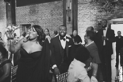 9.29.2018 Wedding at Del'Avant - Ashley and Charles - B&W - Six Hearts Photography