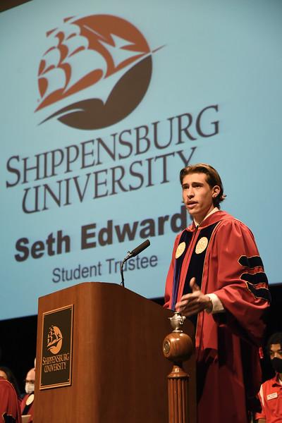 Convocation_SethEdwards_StudentTrustee_ADJ_201.jpg