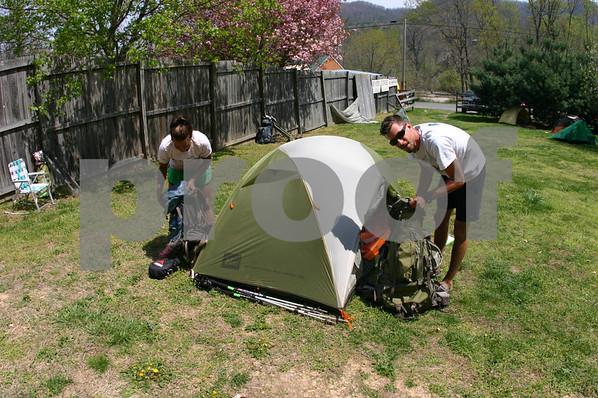 Treck For Trash Hikers - April 2008