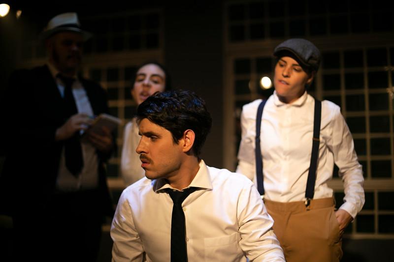 Allan Bravos - Celia Helena - O Beijo no Asfalto-1070.jpg