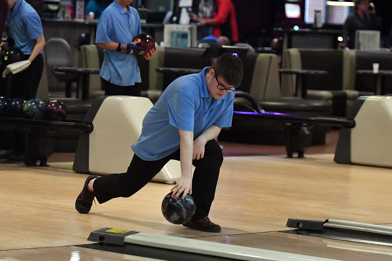 bowling_7748.jpg