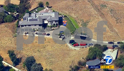 after-lengthy-standoff-with-police-chris-brown-arrested