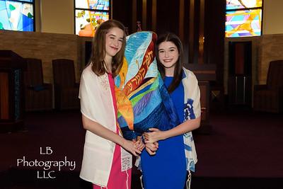 Leah and Maya Comisar (08.25.18)