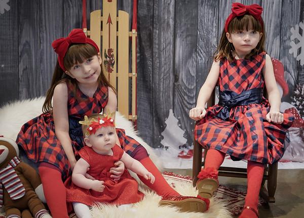 Harden Girls Christmas Minis 2018