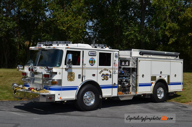 Yoe Fire Co. Tanker 36: 2014 Pierce Arrow XT 1500/1500