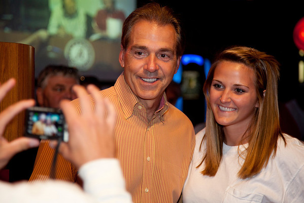 Pictures at the Nick Saban show at Buffalo Wild Wings