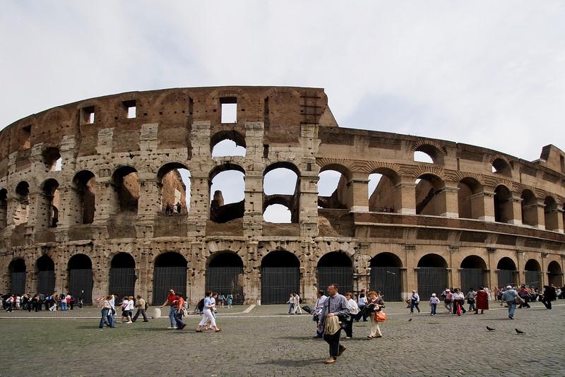 Coliseum q.jpg