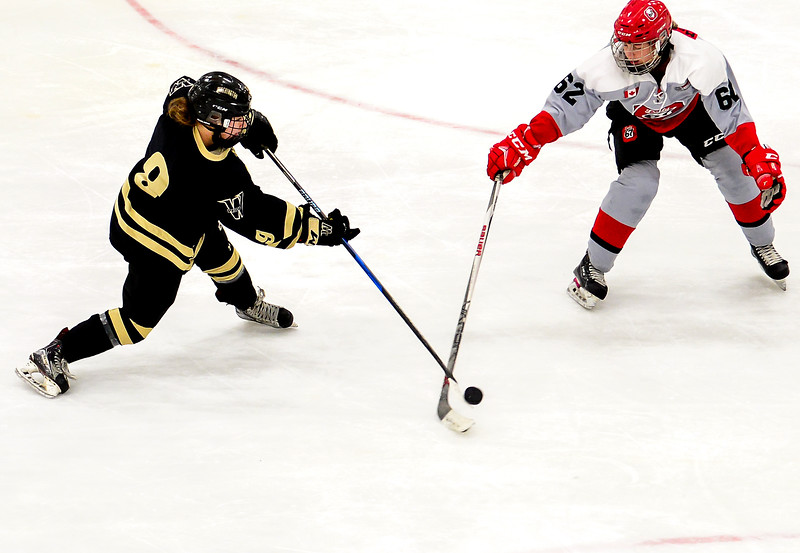 EHB_JWHL_Boston_Pridevs67s-22.jpg