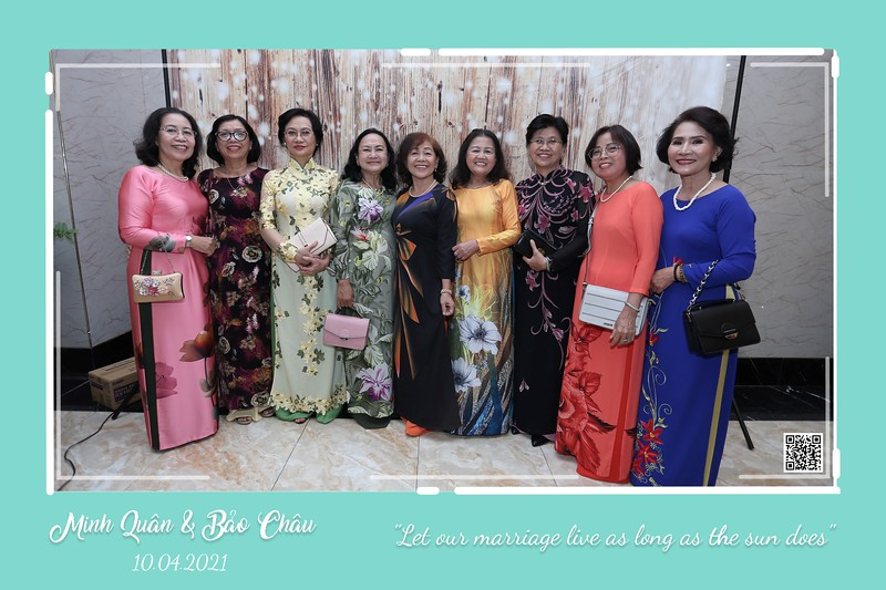 QC-wedding-instant-print-photobooth-Chup-hinh-lay-lien-in-anh-lay-ngay-Tiec-cuoi-WefieBox-Photobooth-Vietnam-cho-thue-photo-booth-064.jpg