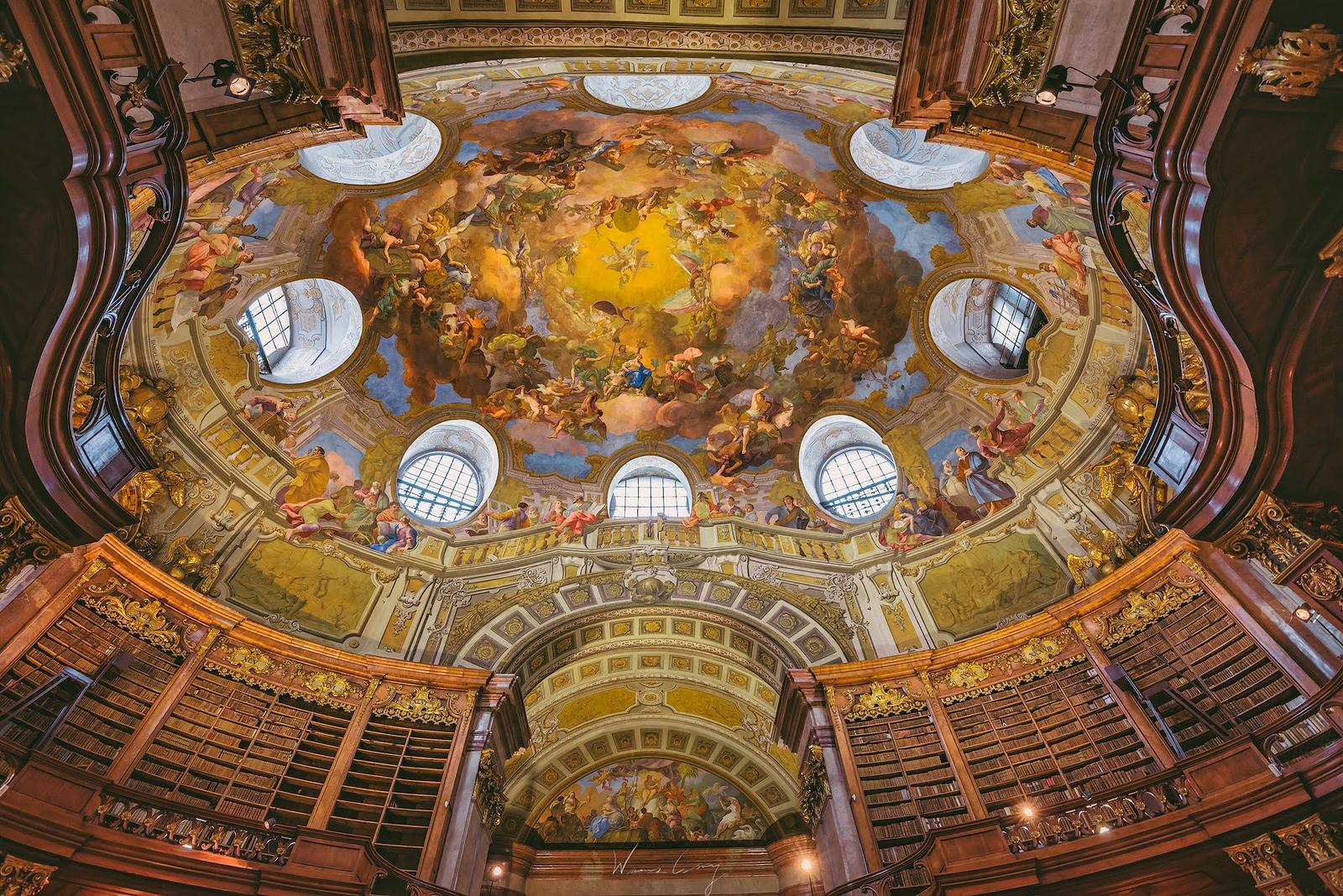 奧地利國家圖書館 Österreichische Nationalbibliothek by 旅行攝影師張威廉 Wilhelm Chang