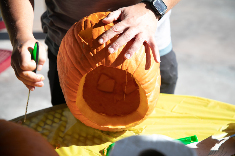 PUMPKIN CARVING 2019-2740.jpg