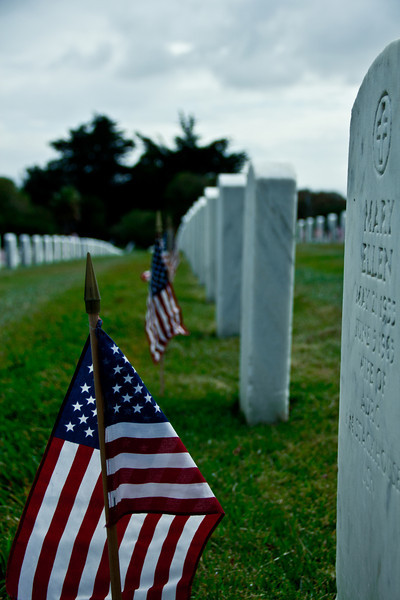 golden gate cemetery, memorial day, flags, grave