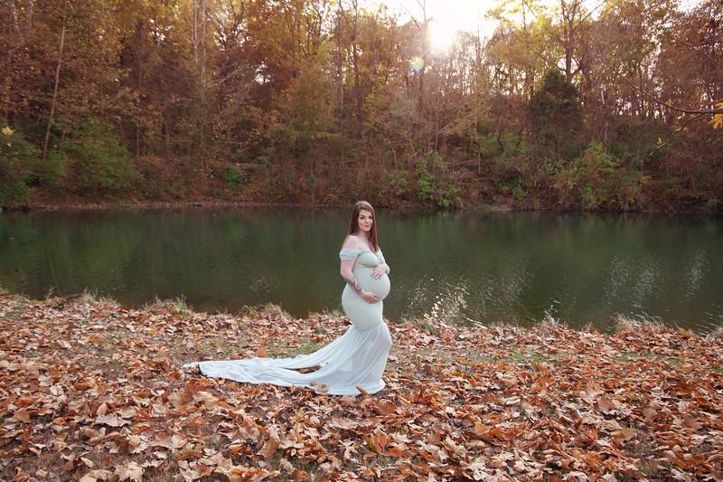 Lydia Wheat Maternity Session-9.jpg